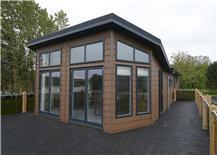 Prestige The Glass House Lodge